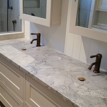 Custom double wash basin